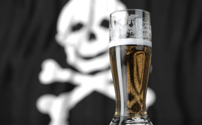 Bebidas falsificadas: aprenda como identificá-las!