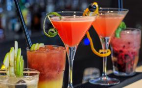 Aprenda a fazer 4 drinks com cachaça